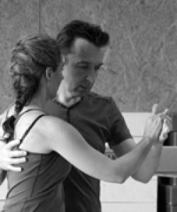 Photo d'Etienne M dansant avec une jeune femme